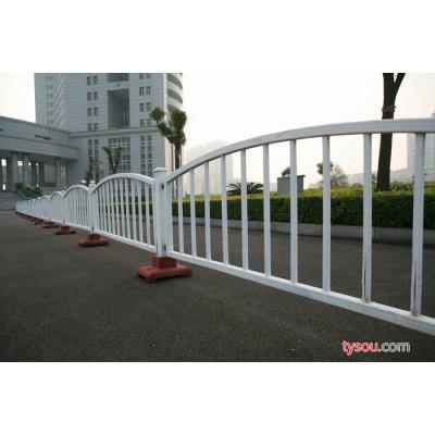 供应深天星齐全锌钢护栏   道路护栏   护栏