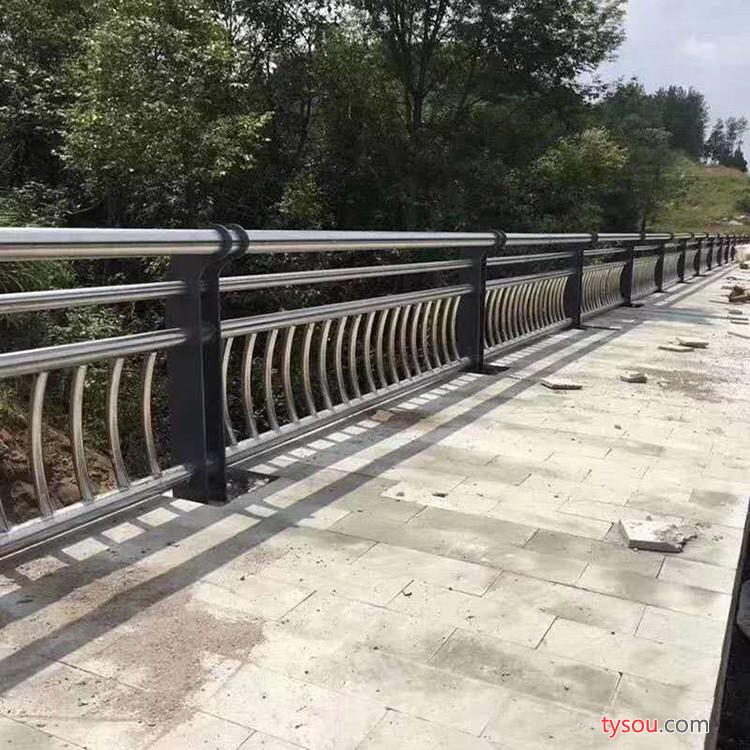 【恒特】滁州专业设计安装桥梁护栏 桥梁钢管护栏立柱配件 不锈钢桥梁护栏 交通护栏