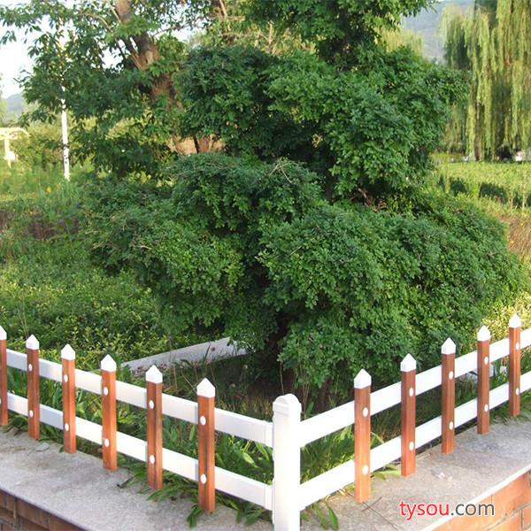 本公司诚信经营绿化带护栏 PVC护栏 绿化带护栏 园艺护栏 楼梯护栏 护栏厂家 市政护栏 中心护栏 锌钢护栏 护栏